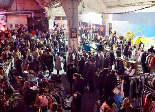 skal-Nachtflohmarkt