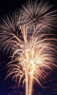 skal-FeuerwerkFeature02_25_08_2011