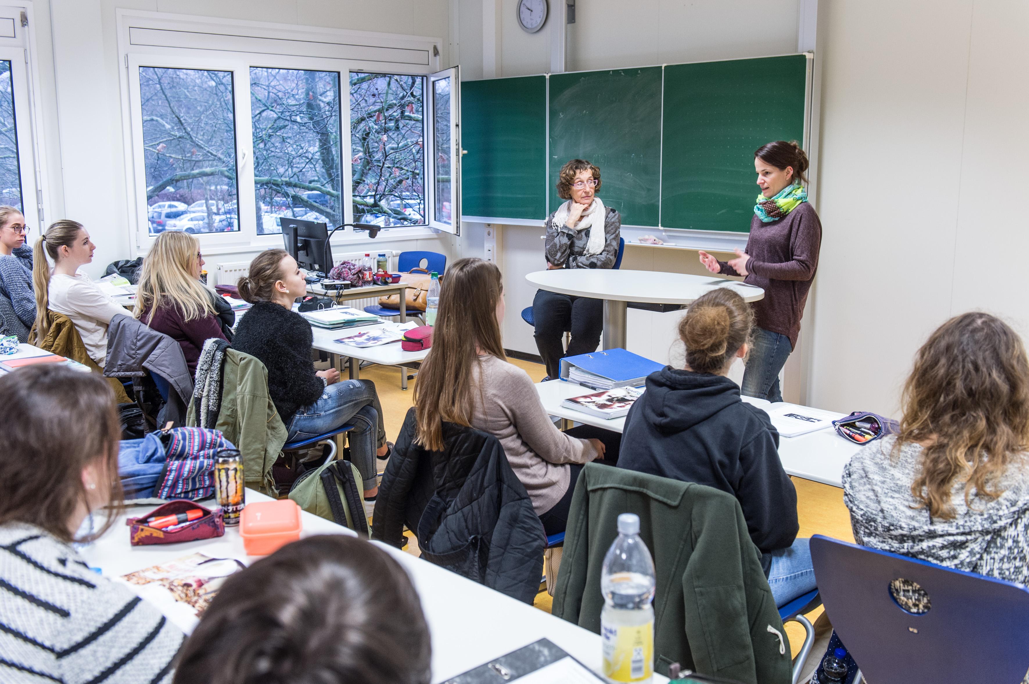 Marco Schilling 12.01.2016 Weinheim SLK Stadt Land Kind zum Thema Transgender