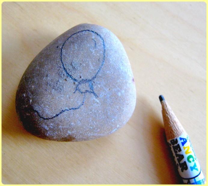 Bild auf den Stein vorzeichnen