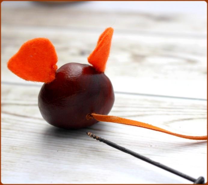 Mäuseschwanz aus Filz in Kastanie bohren DIY