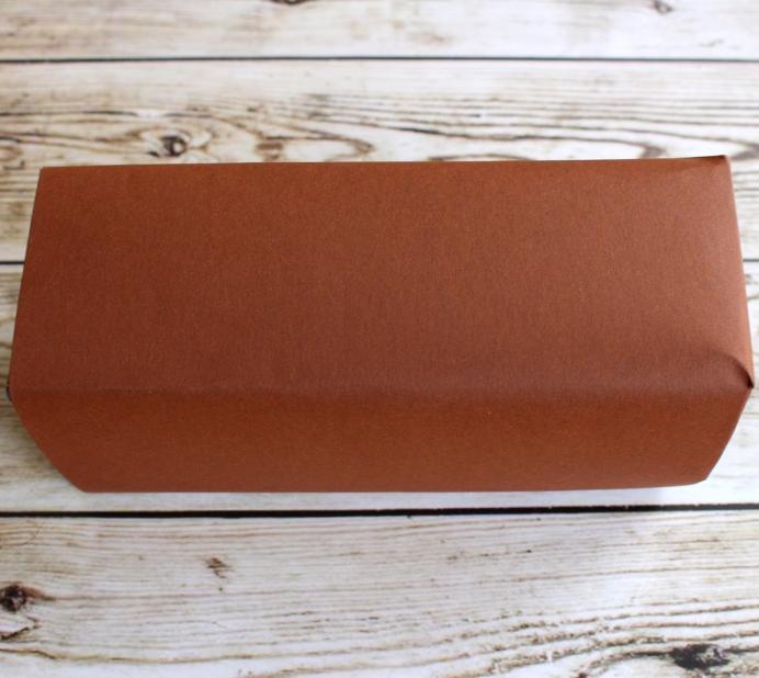 2. Schritt Lebkuchenhaus Milchkarton bekleben (