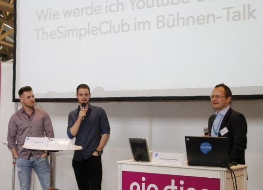 SLK_WEINHEIM_MESSE_Interview_TheSimpleClub_Frankfurt_2016