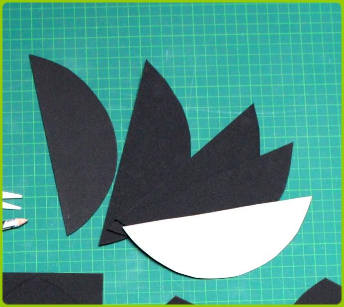 6. Schritt DIY Kragen aus Moosgummi anfertigen