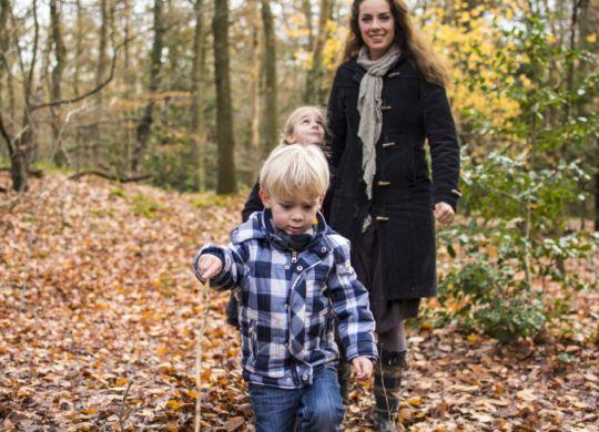 Fotolia_59535239_XL__Wandern-im-Herbst-1024x682