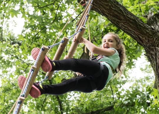 """Marco Schilling 05.06.2016 WNL Weinheim / Schlosshöfe und Schlosspark / Sportmeile für Kinder """"SmS""""  / Bild: """"Luftige Abenteuer"""""""